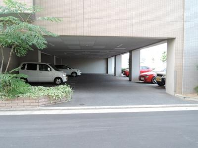 【駐車場】メゾンプチチェリー