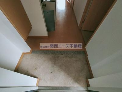 【玄関】カーサリーヴァ・ドゥーエ