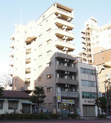 鉄骨鉄筋コンクリート造の8階建てマンション