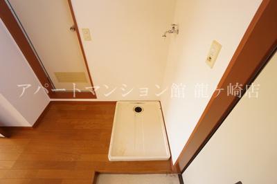 室内洗濯機置場※別のお部屋の写真です。