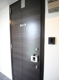 ※同タイプ別室 玄関です