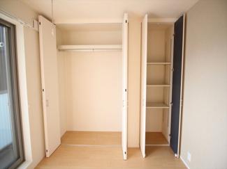 ※同タイプ別室 専用の収納スペースです