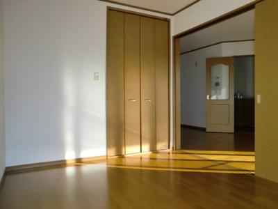 【洋室】ベルフォーレ コイケ