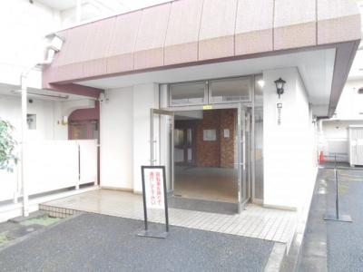 【エントランス】豊栄浦和常盤マンション 304号室