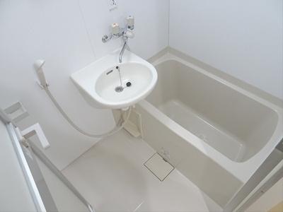 【浴室】ホームズガーデニア