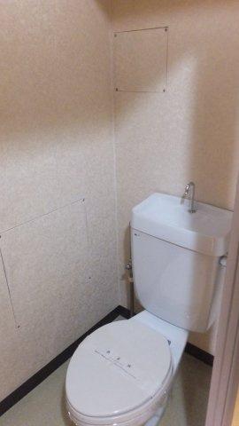 【トイレ】リバーサイド松原