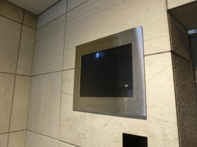 エレベーターモニター