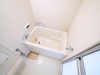 追焚き機能付きでいつでも温かいお風呂に入れます
