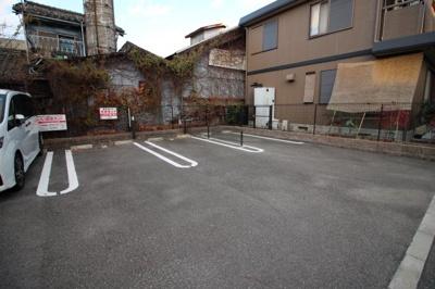 駐車場空いてます