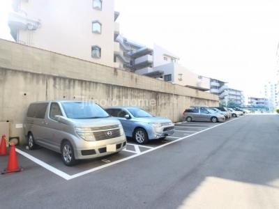 【駐車場】グリーンコーポ緑地公園第1