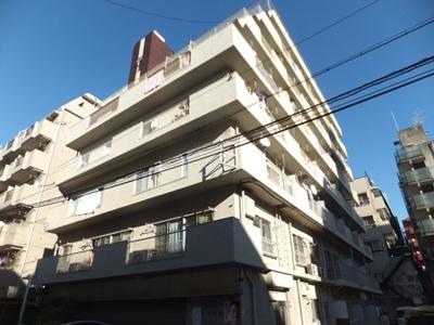 鉄筋コンクリート造7階建て
