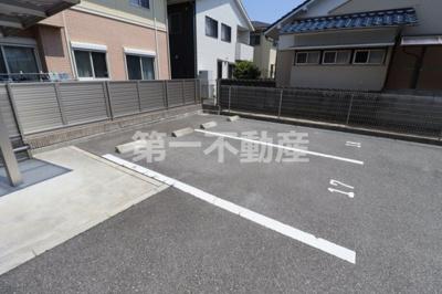 【駐車場】ボンセジュール北野