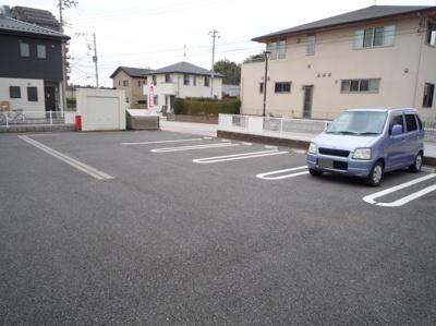 【駐車場】ブリッサ