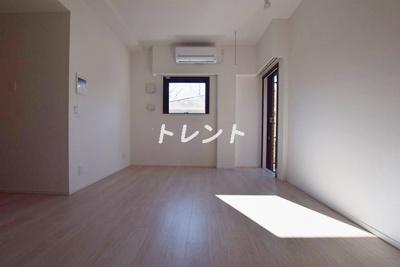 【居間・リビング】クロノガーデン神楽坂