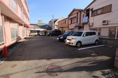 【駐車場】メゾンまほら