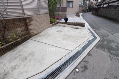 【駐車場】ジュネス寺本