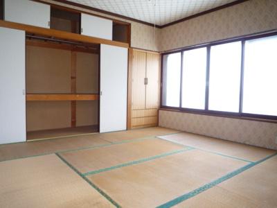 2階和室8丁 しっとりと落ち着いた雰囲気の和室