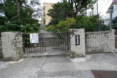 【周辺】島袋靖氏店舗