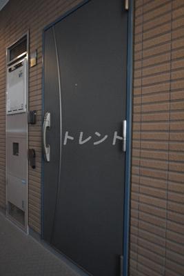 【玄関】パレステュディオ神楽坂