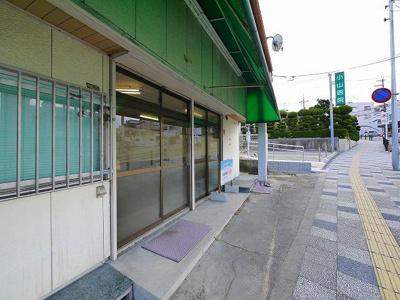 【エントランス】中山町西3丁目テナント