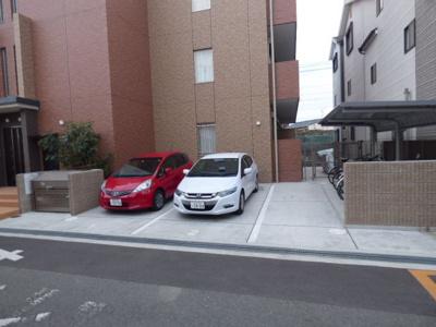 【駐車場】フローリッシュ茨木