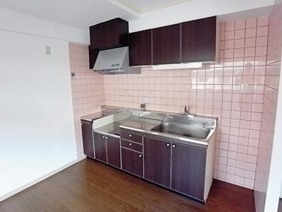 【キッチン】ファミリアル隆樹