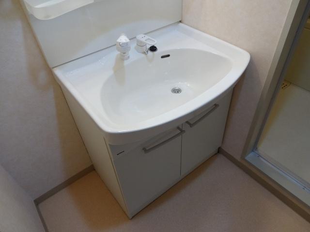 シャトーアルベール 独立洗面台