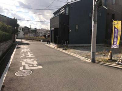 【前面道路含む現地写真】グラッド・タウン岸和田3丁目