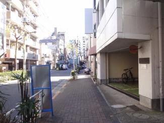 水野ビル 柳通りの裏側 出入り口はこちらになります