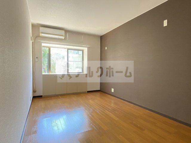 グリーンヒル110 エアコン付洋室