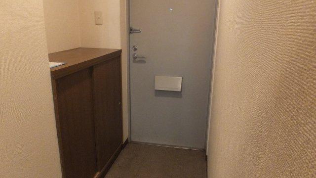 【玄関】リバーサイド松原