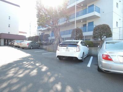【駐車場】高島台ハウス