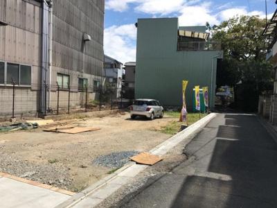 【前面道路含む現地写真】グラッド・タウン三箇2丁目