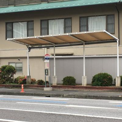 最寄のバス停(おごと温泉ホテル前)