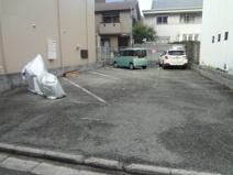 池田市栄本町月極駐車場の画像