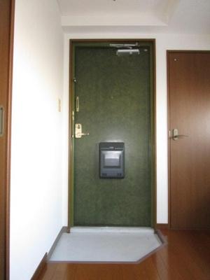 【玄関】ヴァンベール二番館