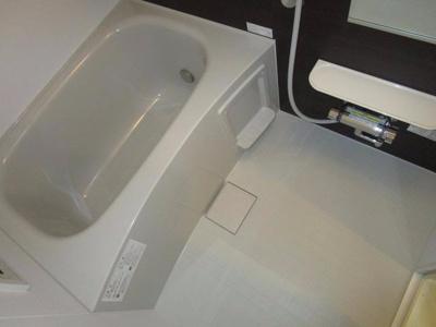【浴室】ヴィラライツ