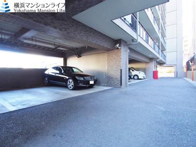 駐車場です。(空きはお問い合わせください。)