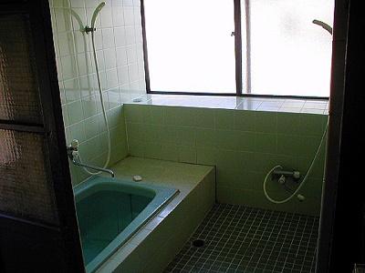 【浴室】岡谷市川岸西2丁目3