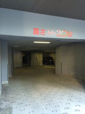 アクシア広尾の駐車場です。