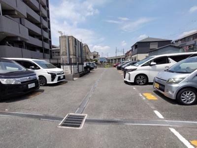 【駐車場】エトワールブリヤンⅡ
