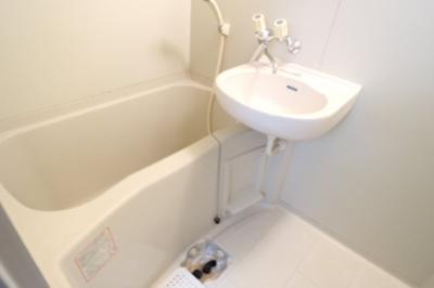 【居間・リビング】リバーサイドパレス