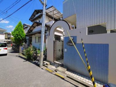 【エントランス】シティパレス21法蓮P-1