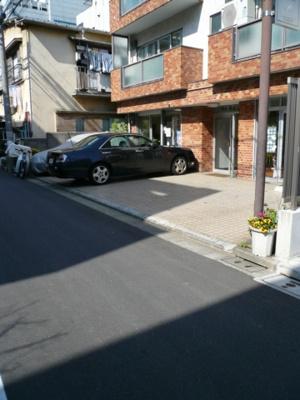 青山浜ビル駐車場