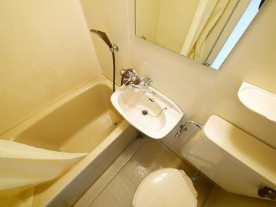コンパクトで使いやすい洗面所