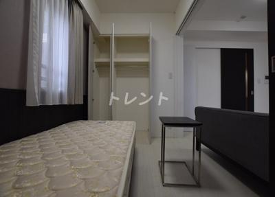 【洋室】セレニティー神田