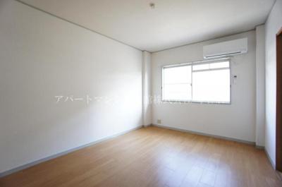 【寝室】エルデムコーヨーB