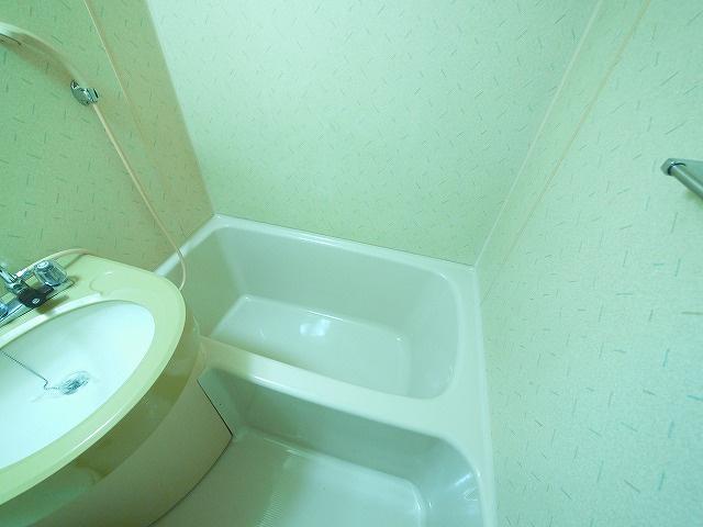 【浴室】まあぁろ~ビル