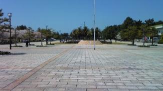 浜寺公園がお庭になる立地です