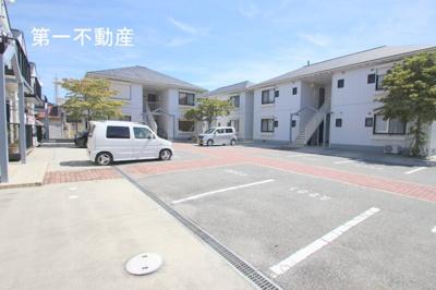 【駐車場】ガーデンハイツ緑ヶ丘2E